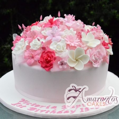 Round cake with flowers AC231