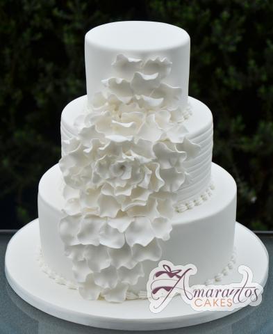 three tier wedding cake wc229 amarantos cakes